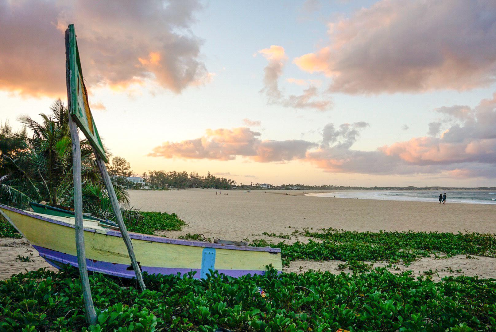 Tofo Beach – Mark Kelly 1